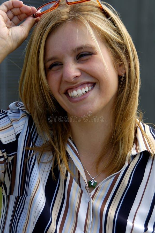Executivo louro de sorriso imagem de stock