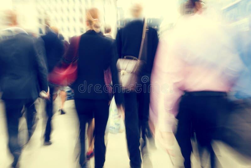 Executivos do conceito de passeio ocupado do assinante das horas de ponta imagem de stock royalty free