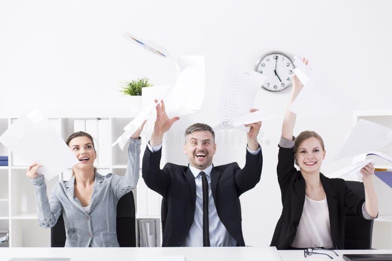Executivos eufóricos fotos de stock