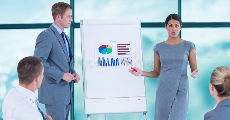 Executivos na apresentação foto de stock royalty free