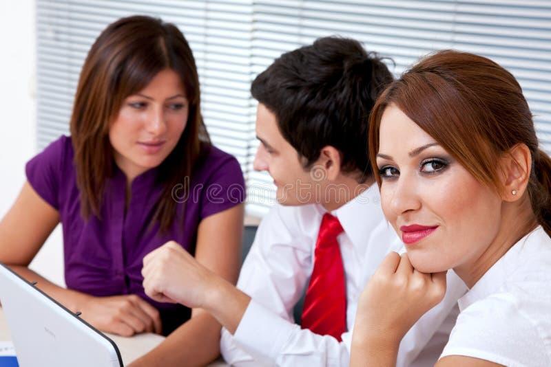 Download Executivos Novos No Escritório Foto de Stock - Imagem de cooperação, seminário: 12809388