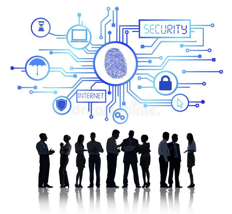 Executivos que trabalham e conceito da segurança da rede fotos de stock royalty free