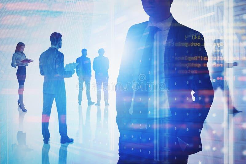 Executivos que trabalham no TI, uma comunicação foto de stock royalty free