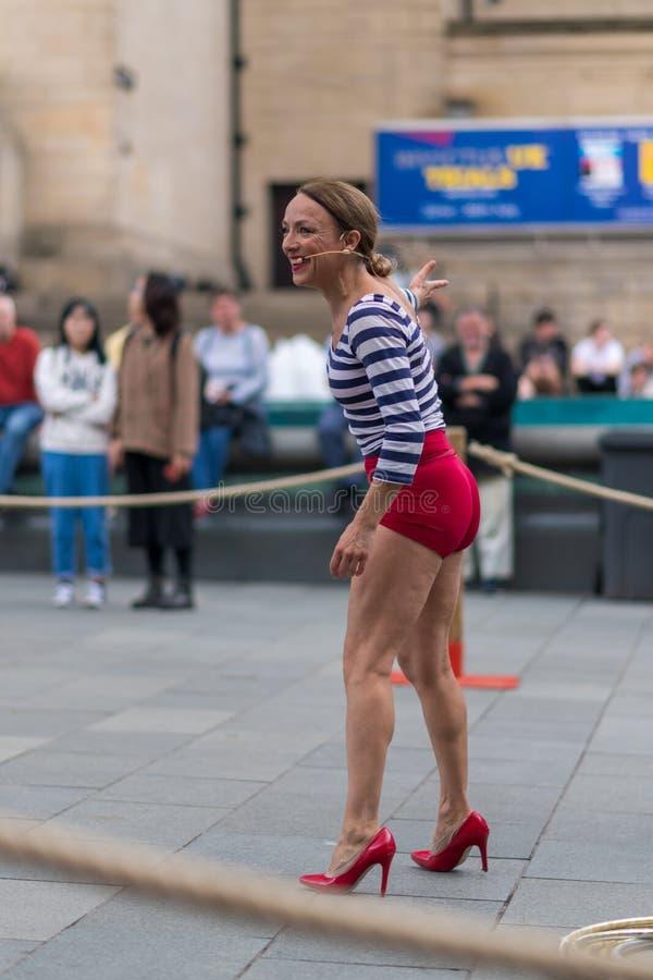 Executores da rua em Sheffield Tramlines 2019 para executar espetáculos ao vivo na cidade imagens de stock royalty free