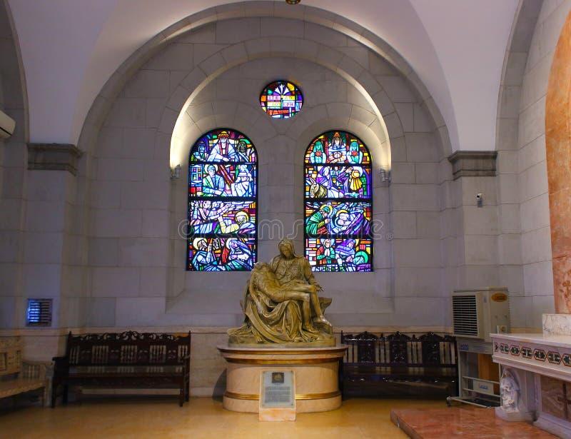 Exemplaar van Godvruchtigheidbeeldhouwwerk bij de Kathedraal van Manilla stock afbeeldingen