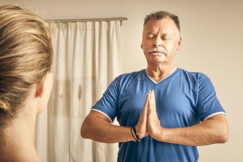 Exercício da ioga imagens de stock royalty free