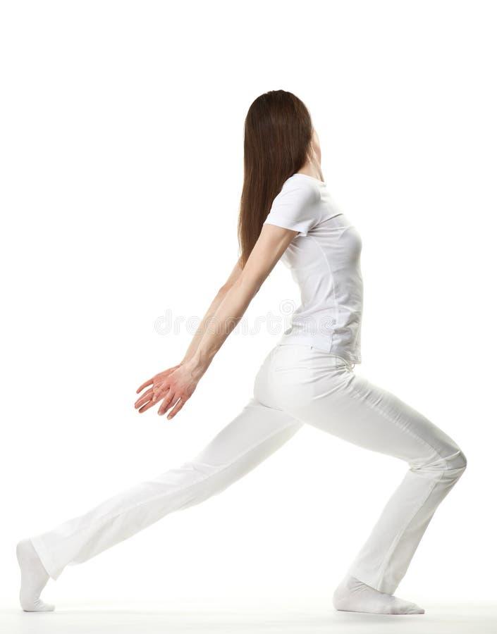 Exercício delgado da mulher nova fotos de stock