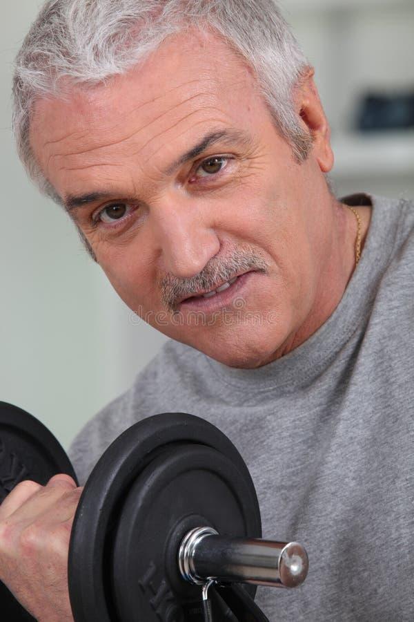 Exercício do homem sênior foto de stock