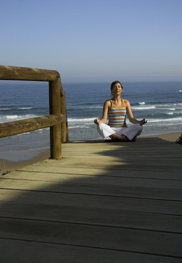 Exercícios da ioga fotos de stock royalty free
