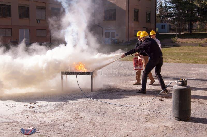 Exercice de lutte contre l'incendie image libre de droits
