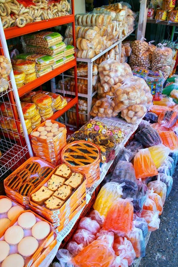 Exhibición de la comida en Mercado Cuatro en Asuncion, Paraguay foto de archivo libre de regalías