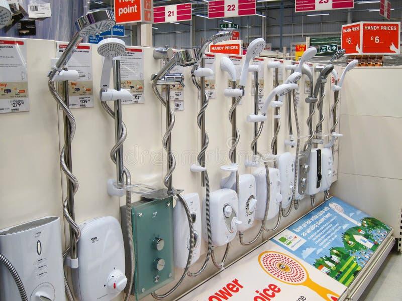 Exhibición del oin de las unidades de la ducha en una tienda. foto de archivo libre de regalías