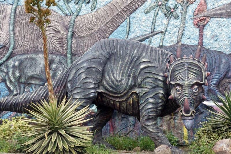 Exhibición en un museo de la paleontología fotos de archivo