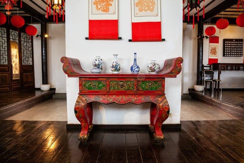 A exibição - as salas interiores do chinês tradicional, mobília chinesa imagens de stock