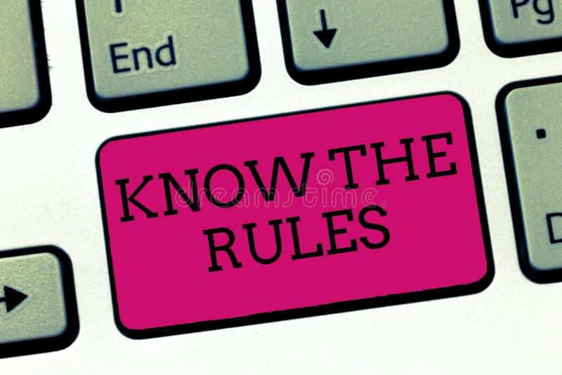 A exibição conceptual da escrita da mão conhece as regras Apresentar da foto do negócio aprende o princípio ou as instruções acei fotografia de stock royalty free