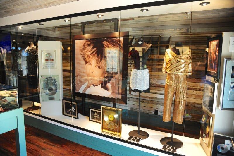 Exibição em Tina Turner Museum, Brownsville de Tina Turner, Tennessee foto de stock