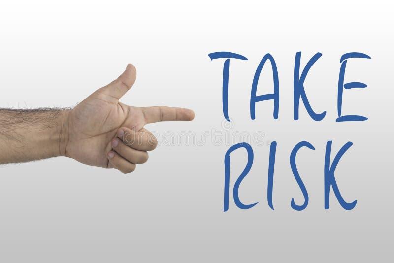 Exibição masculina da mão do ` s para tomar o risco Tomando o risco, conceito da possibilidade do perigo imagens de stock royalty free