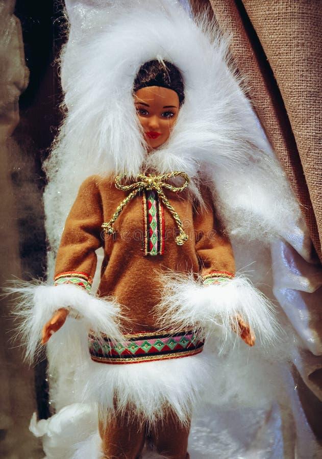 Exibi??o da boneca de Barbie foto de stock royalty free