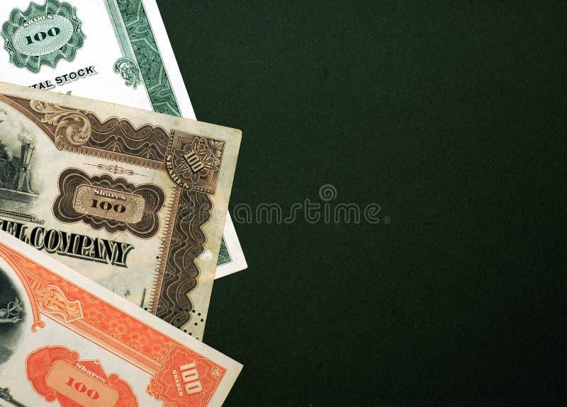 Existencias en fondo verde foto de archivo libre de regalías