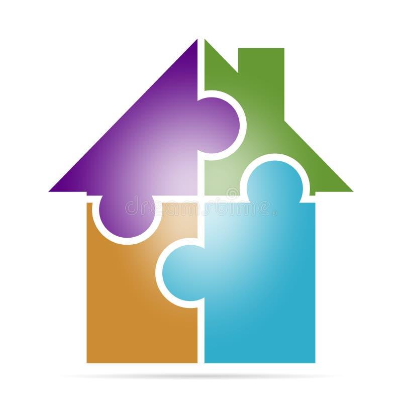 Exklusivt färgrikt tecken för företags affär med ett hus som göras av fyra pussel av olika färger Symbol av familjhuset på en vit royaltyfri illustrationer