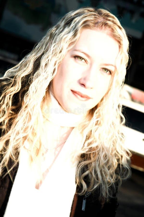 Exotische Blonde Vrouw stock afbeeldingen