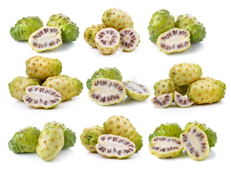 Exotische Frucht, Noni-Früchte lizenzfreies stockfoto