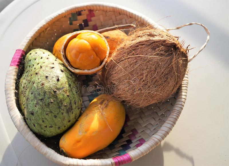 Exotische vruchten in Afrika royalty-vrije stock afbeeldingen