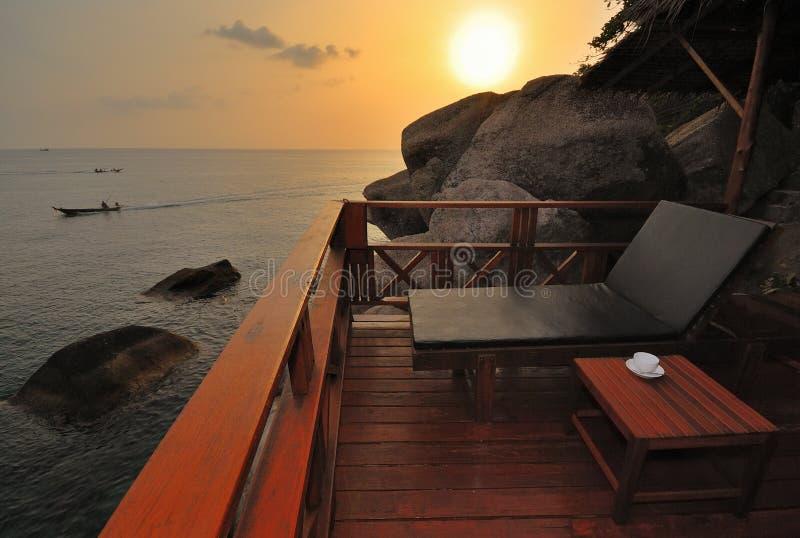 exotisk solnedgång för strand royaltyfri fotografi
