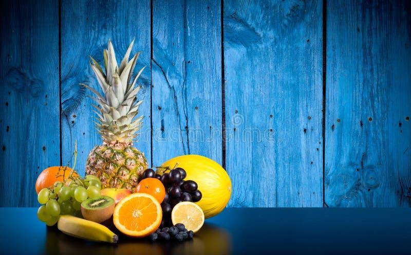 exotiska frukter för sortiment royaltyfria foton