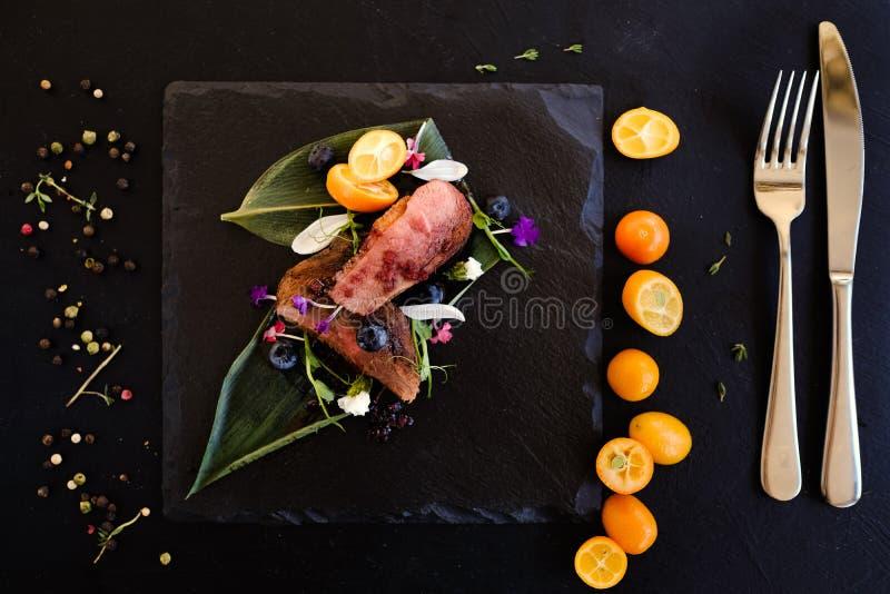 Exotiskt recept för Thailand kokkonstmål royaltyfri foto