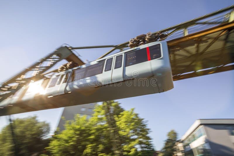 Expédier de Wuppertal Allemagne de train de Schwebebahn photos libres de droits