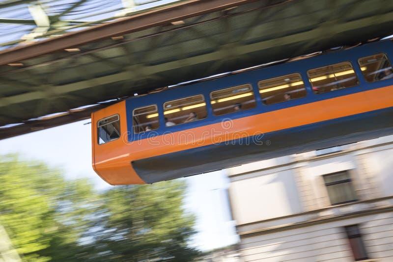 Expédier de Wuppertal Allemagne de train de Schwebebahn images stock