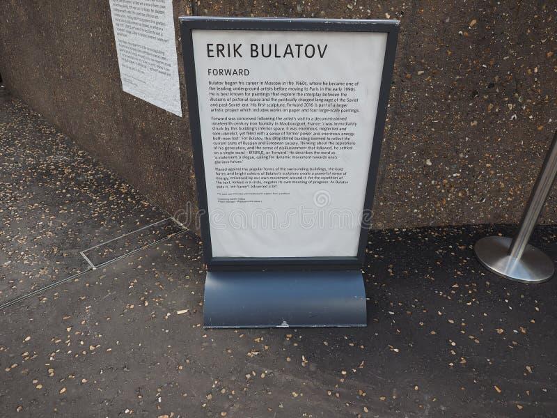 Expédiez chez Tate Modern Tavatnik Building à Londres image stock
