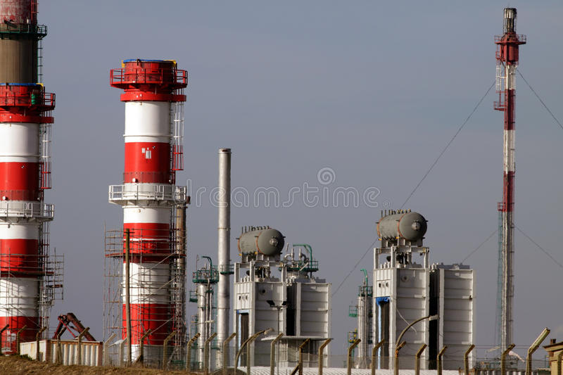 Download Expansion Of Refinery And Power Plant Royalty Free Stock Images - Image: 23075849
