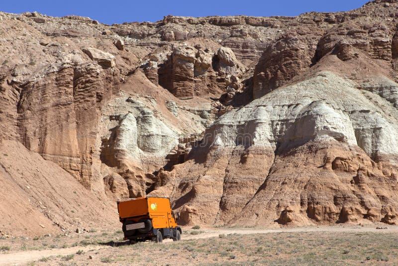 Expedición anaranjada rv imagen de archivo libre de regalías