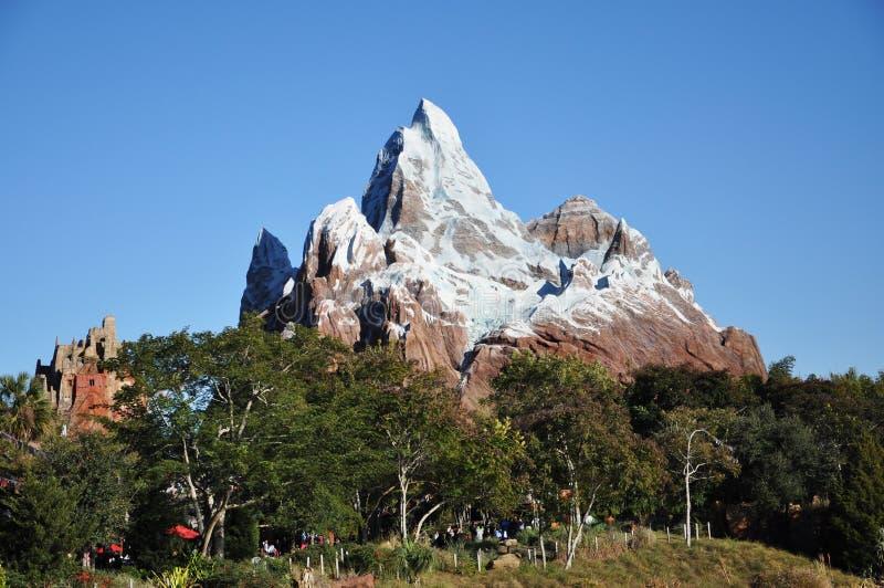 Expedición Everest en el reino animal de Disney imagen de archivo libre de regalías