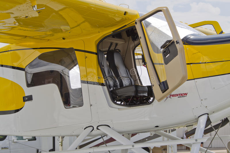 Download Expedition 350 Sea Plane Close Up Open Door Editorial Photography - Image: 26008152