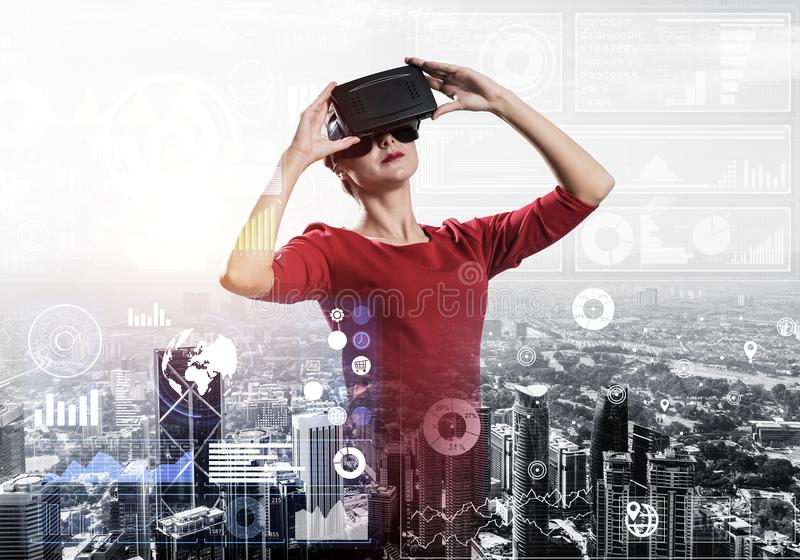 Experiencia de la realidad virtual imagen de archivo