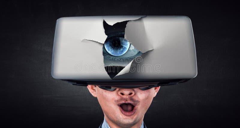 Experiencia de la realidad virtual y tecnolog?as del futuro T?cnicas mixtas fotos de archivo libres de regalías