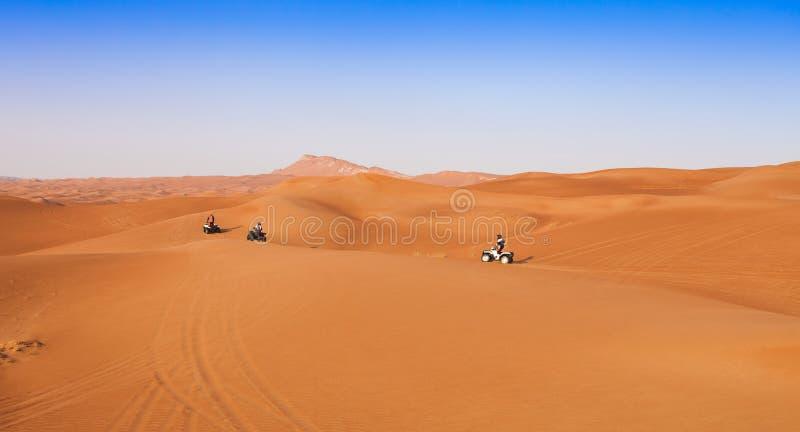 Experiencia del safari del desierto con el atv fotografía de archivo