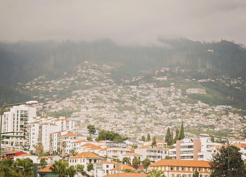 Experimentando Madeira Funchal e sua natureza surpreendente em Portugal, uma ilha do paraíso no meio de Oceano Atlântico imagens de stock royalty free