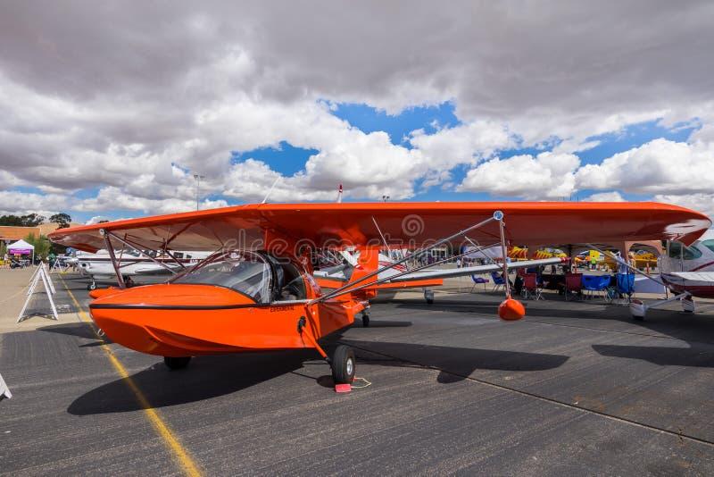 Experimentellt flygplan på skärm royaltyfri bild