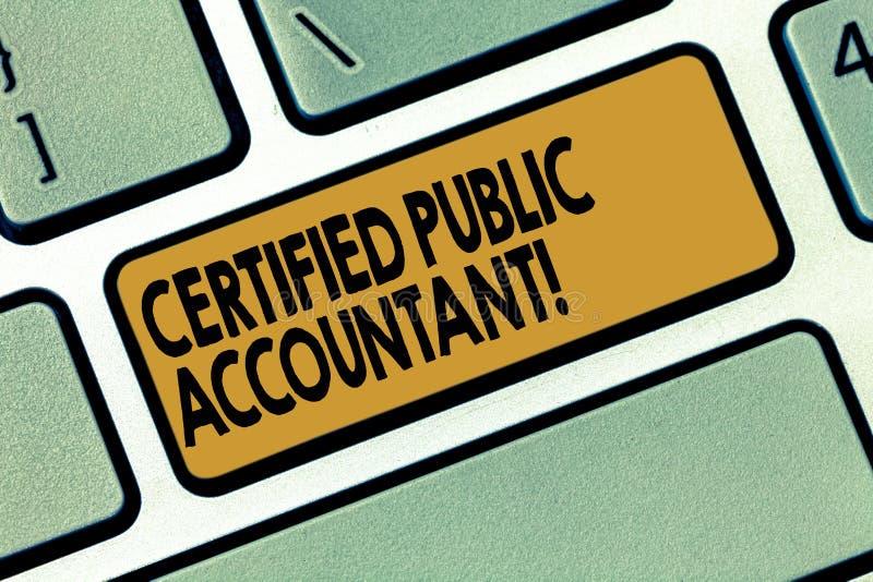 Expert-comptable certifié par texte d'écriture de Word Concept d'affaires pour l'organisme professionnel accrédité du clavier de  photographie stock