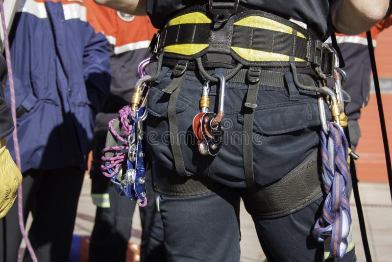 Exploatera med räddningsaktionutrustning fotografering för bildbyråer