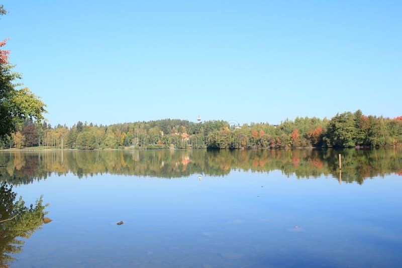 Exploitation de pisciculture Jevany, République Tchèque image stock