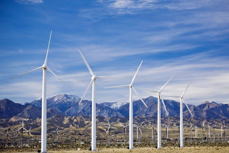 Exploração agrícola de vento perto de Palm Spring em Califórnia do sul foto de stock royalty free
