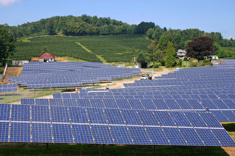 Exploração agrícola solar (h) imagem de stock