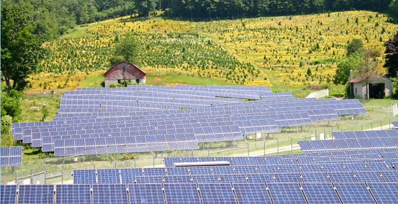 Exploração agrícola solar rural imagem de stock royalty free