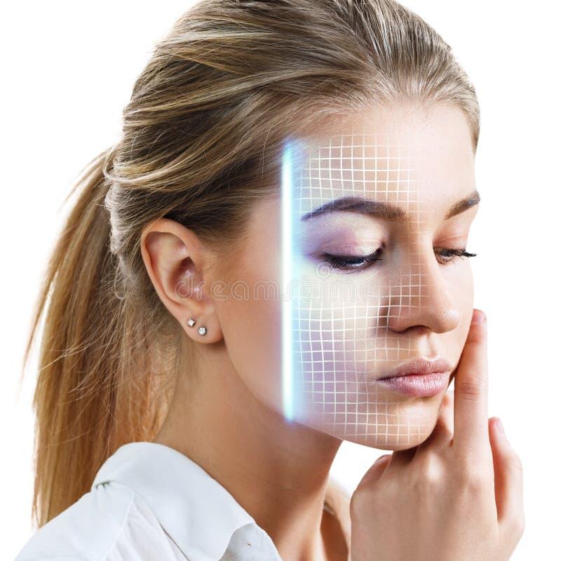 Exploração tecnologico da cara nova da mulher fotografia de stock