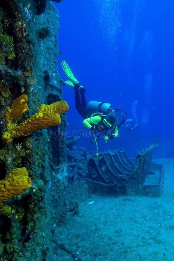 Exploration de naufrage photos stock